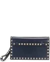Женский темно-синий кожаный клатч от Valentino Garavani