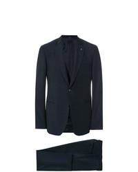 Мужской темно-синий костюм-тройка от Lardini
