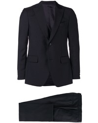 Темно-синий костюм от Dell'oglio