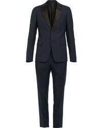 Темно-синий костюм от Prada