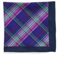 Темно-синий нагрудный платок в шотландскую клетку