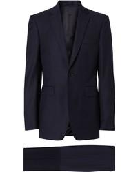 Темно-синий шерстяной костюм от Burberry