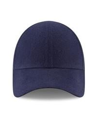 Темно-синяя бейсболка