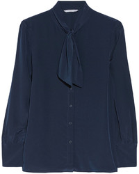 Темно-синяя блуза на пуговицах