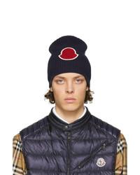 Мужская темно-синяя вязаная шапка от Moncler