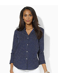 Темно-синяя классическая рубашка в горошек
