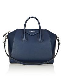 Женская темно-синяя кожаная спортивная сумка от Givenchy