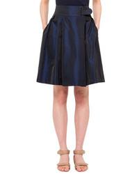 Темно-синяя пышная юбка