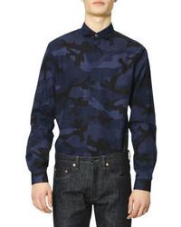 Темно-синяя рубашка с длинным рукавом с камуфляжным принтом