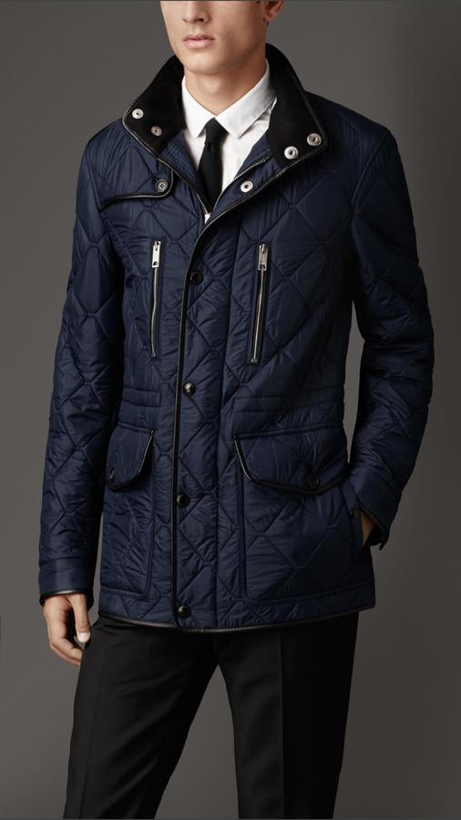 Мужская темно-синяя стеганая полевая куртка от Burberry   Где купить ... 7b98399ad18