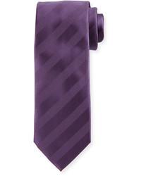 Фиолетовый галстук в горизонтальную полоску