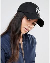 Женская черная бейсболка с принтом от New Era