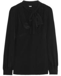 Черная блузка с длинным рукавом