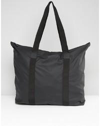Мужская черная большая сумка из плотной ткани от Rains