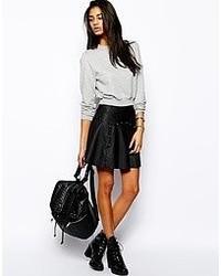Черная кожаная короткая юбка-солнце от Glamorous