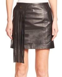 Черная кожаная мини-юбка c бахромой