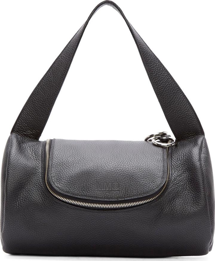 e465ad2a Женская черная кожаная спортивная сумка, 34 835 руб. | SSENSE | Лукастик