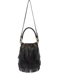 f497faa68fa3 Купить черную кожаную сумку-мешок c бахромой Saint Laurent - модные ...