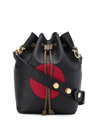 Черная кожаная сумка-мешок от Fendi