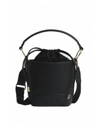 Черная кожаная сумка-мешок от Stradivarius
