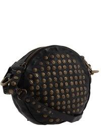 Черная кожаная сумка через плечо с украшением