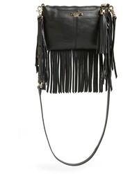 Черная кожаная сумка через плечо c бахромой