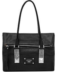 Черная кожаная сумочка с украшением