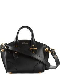 Черная кожаная сумочка от Alexander McQueen