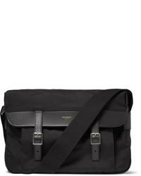 Черная сумка почтальона из плотной ткани