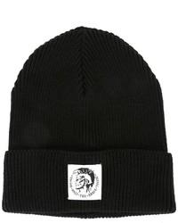 Мужская черная шапка с принтом от Diesel