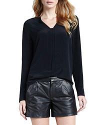 Черная шелковая блузка с длинным рукавом