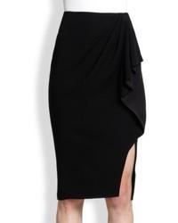 Черная юбка-карандаш с разрезом
