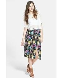 Черная юбка-миди с цветочным принтом
