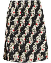 Черная юбка со складками от Prada