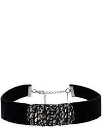 Черное бархатное ожерелье-чокер от Dannijo