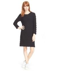 Черное вязаное платье-свитер