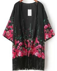 Черное кимоно с цветочным принтом