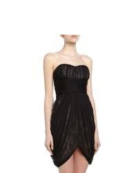 Черное кружевное коктейльное платье