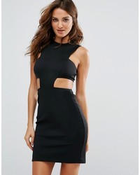 Женское черное облегающее платье с вырезом