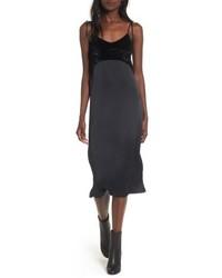 Черное сатиновое платье-комбинация