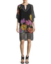 Черное шифоновое платье прямого кроя с цветочным принтом