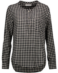 Черно-белая блузка с длинным рукавом в мелкую клетку