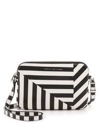 8e600800ee88 Купить черно-белую кожаную сумку через плечо в горизонтальную полоску - модные  модели сумок через плечо