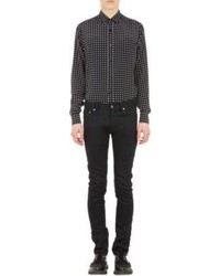 Черно-белая рубашка с длинным рукавом в горошек