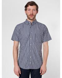 Черно-белая рубашка с коротким рукавом в вертикальную полоску