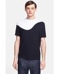 Черно-белая футболка с круглым вырезом