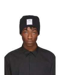 Мужская черно-белая шапка с принтом от Y-3