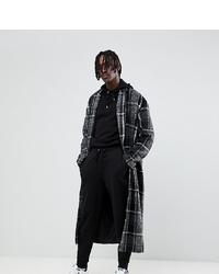 Черно-белое длинное пальто в клетку
