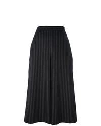Черно-белые брюки-кюлоты в вертикальную полоску