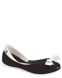 Черно-белые кожаные балетки